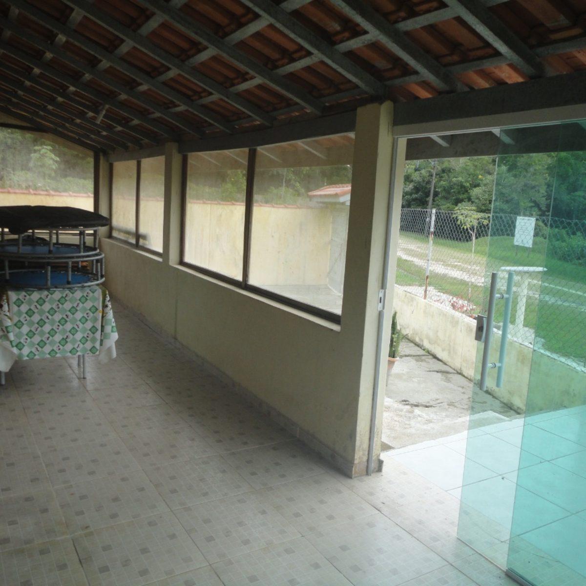 Ref: R$285.000,00 Casa Térrea 3 Dorm, uma suite (81177)